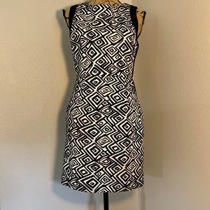 Esley Black and White Geometric dress - Size Med